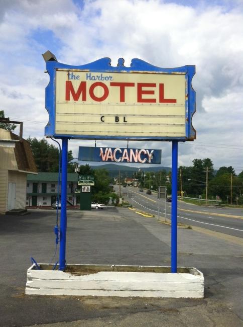The-Harbor-Motel-650
